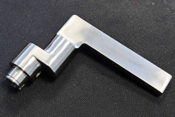 metal-casting_RVS-deurklink_4
